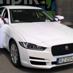 jaguar biały auto do ślubu