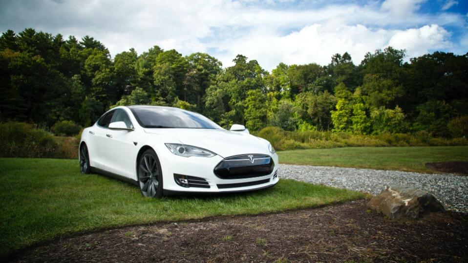 Samochody elektryczne - Tesla